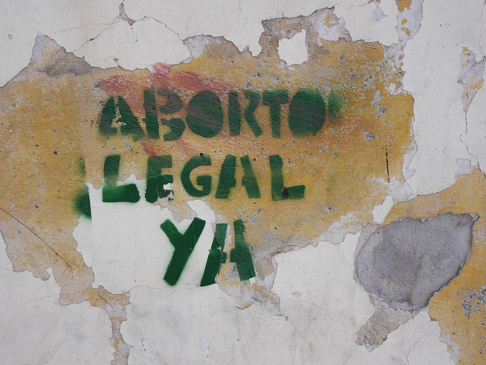 graffiti on an argentinian building
